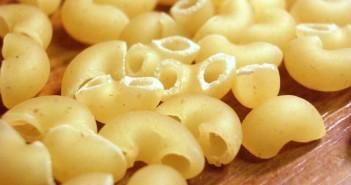 1280px-Macaroni_closeup